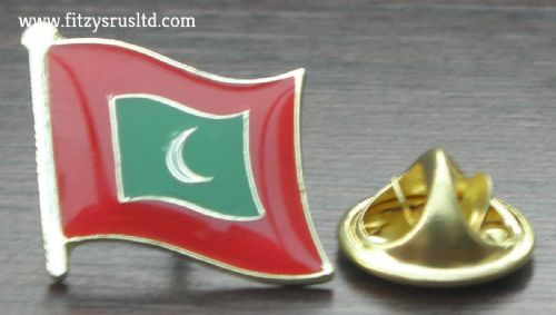 Maldives Flag Lapel Hat Cap Tie Pin Badge Dhivehi Raajjeyge Jumhooriyya Islands